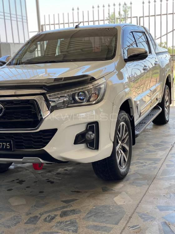 Toyota Hilux 2018 Image-1
