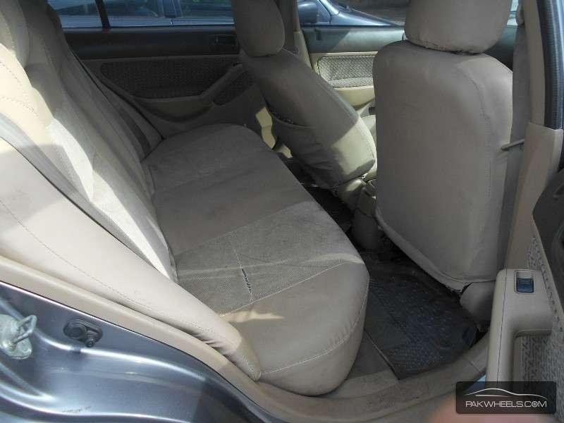 Honda Civic VTi Oriel Prosmatec 1.6 2004 Image-8
