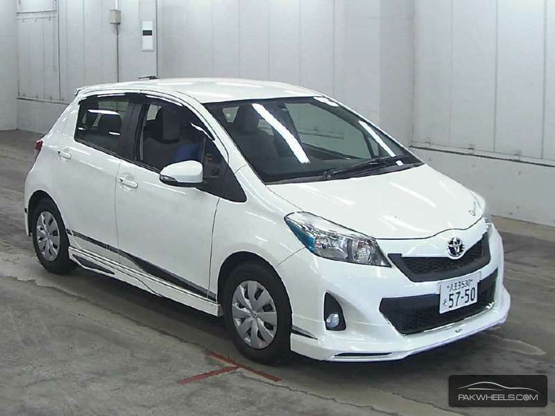 toyota vitz 2011 for sale in sahiwal pakwheels