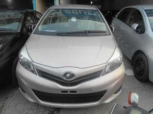 Used Toyota Vitz 2011