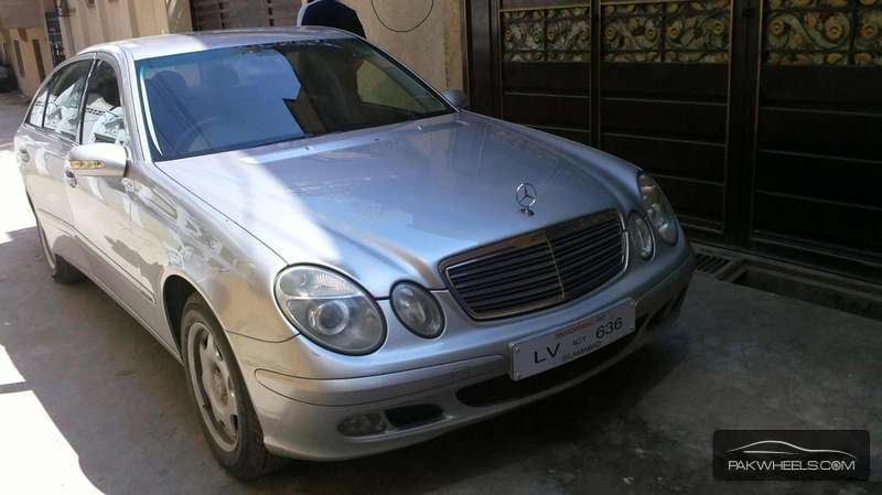 mercedes benz e class e220 cdi 2004 for sale in rawalpindi pakwheels. Black Bedroom Furniture Sets. Home Design Ideas