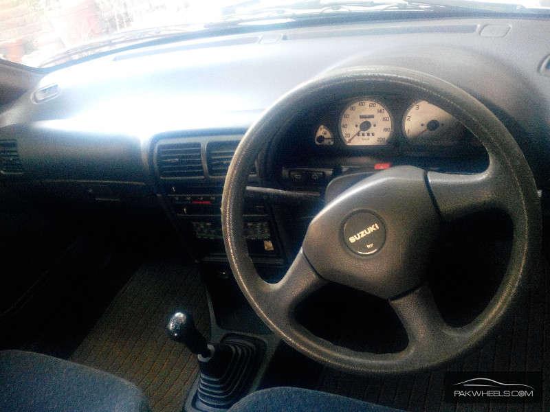 Suzuki Cultus VXR (CNG) 2004 Image-3