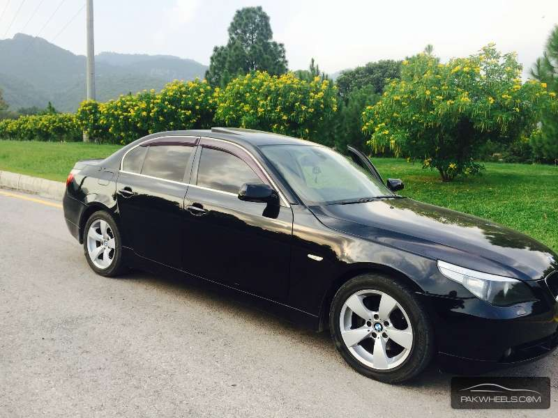 bmw 5 series 530i 2004 for sale in islamabad pakwheels. Black Bedroom Furniture Sets. Home Design Ideas