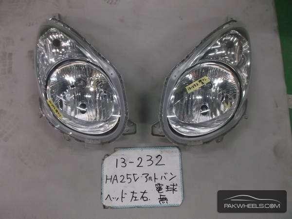 SUZUKI ALTO HA25 HEAD LIGHTS Image-1