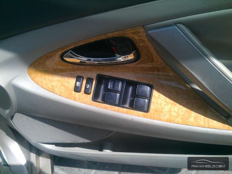 toyota camry up spec automatic 2 4 2006 for sale in. Black Bedroom Furniture Sets. Home Design Ideas