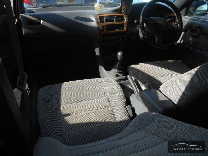 Toyota Corolla GLi 1.6 1995 Image-5