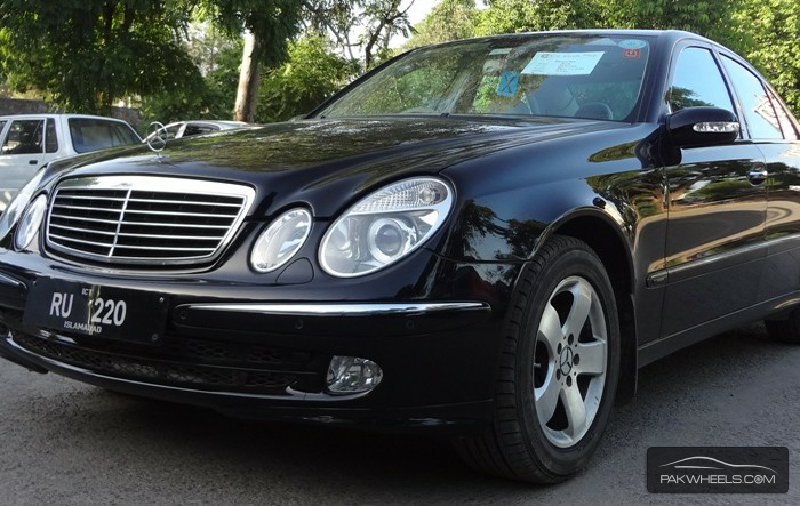 mercedes benz e class e220 cdi 2004 for sale in islamabad pakwheels. Black Bedroom Furniture Sets. Home Design Ideas