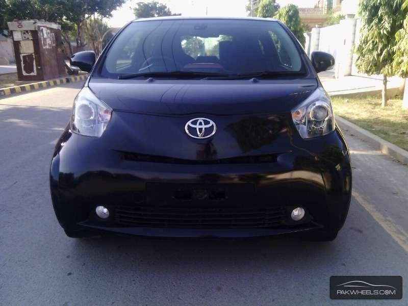 Toyota iQ 2011 Image-1