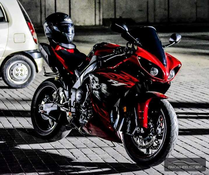 used yamaha yzf r1 2011 bike for sale in lahore   128678