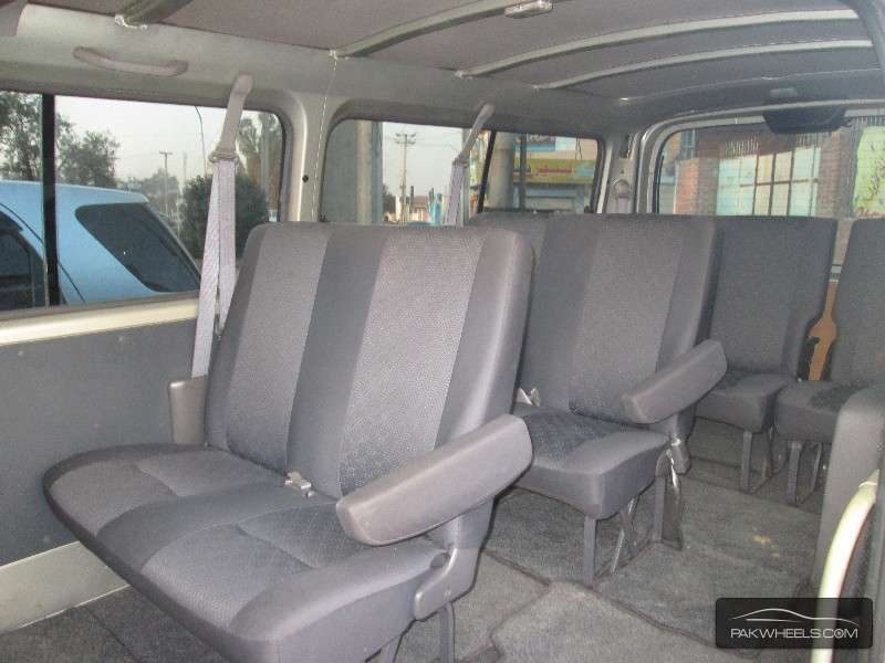 Nissan Caravan 2009 Image-7