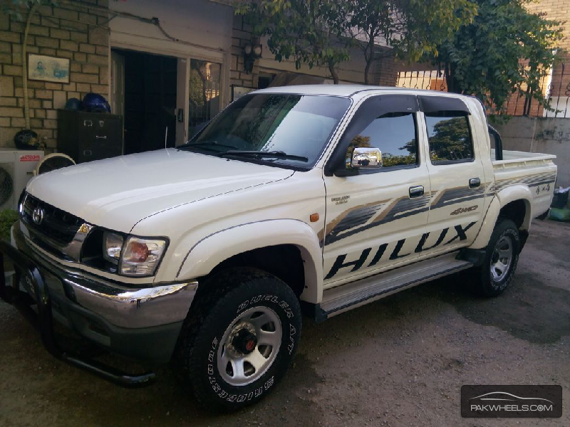 Toyota Hilux 4x4 D C Up Spec 2005 For Sale In Islamabad