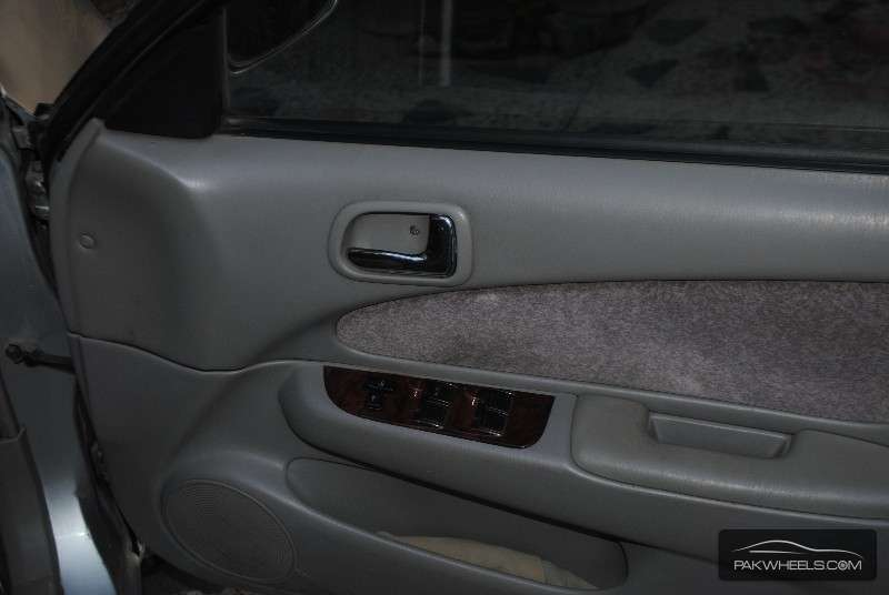 Toyota corolla se limited 2000 for sale in islamabad for 2000 toyota corolla power window motor