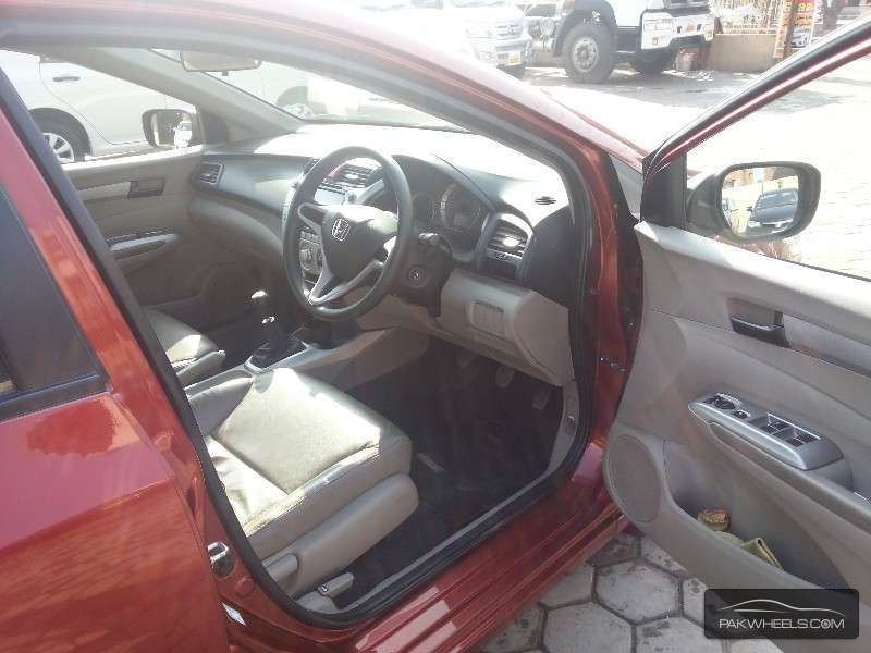 Honda City Aspire 1.5 i-VTEC 2013 Image-7