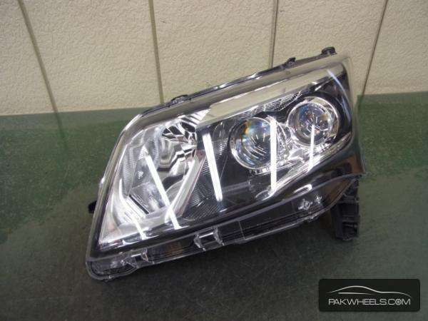 daihatsu move custom 2013 head light Image-1