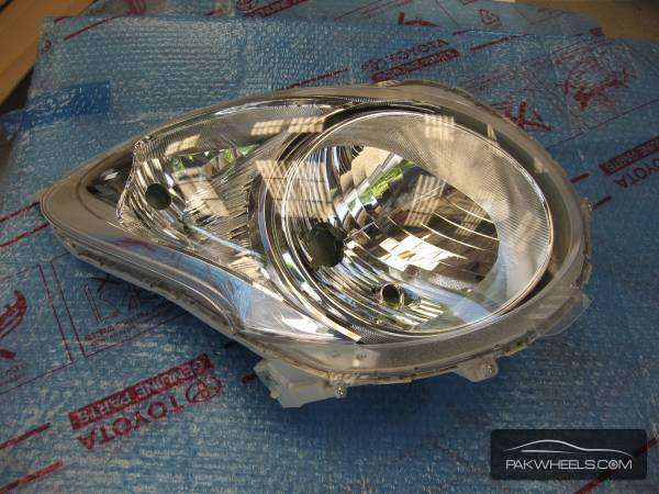 Suzuki alto 2012 head lights  Image-1