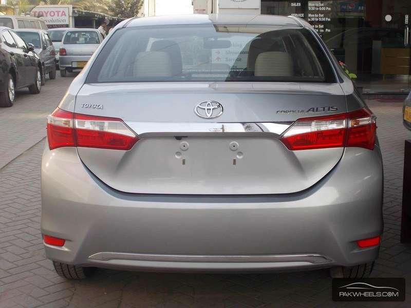 Toyota Corolla Gli Automatic 1 3 Vvti 2015 For Sale In