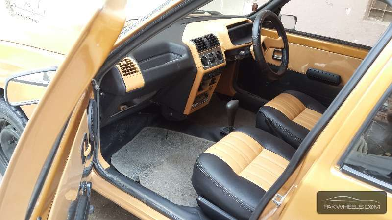 Peugeot 205 1993 Image-3