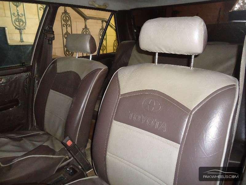 Toyota Corolla GL Saloon 1986 Image-2