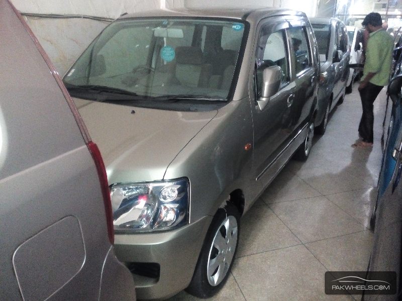 Suzuki Solio 2006 Image-1