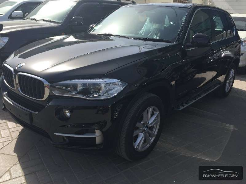bmw x5 series xdrive30d 2014 for sale in karachi pakwheels. Black Bedroom Furniture Sets. Home Design Ideas