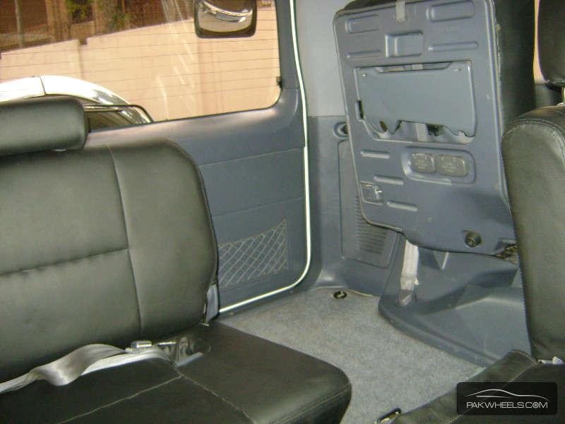 Toyota Prado 2001 Image-6