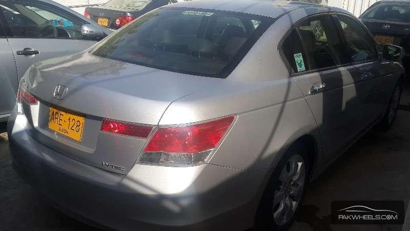 Honda Accord VTi 2.4 2008 Image-4