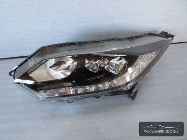 honda vazel left head light For Sale Image-1