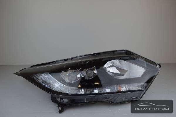 honda vazel right head light For Sale Image-1