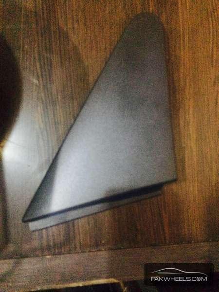 daihatsu mira es right fender corner For Sale Image-1