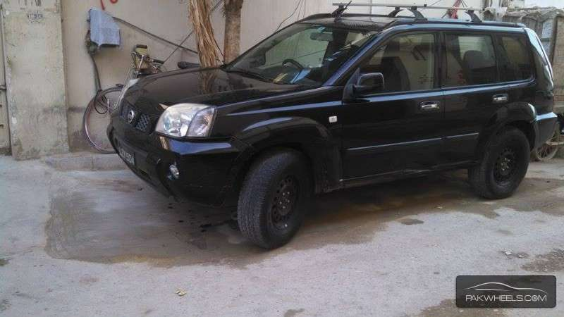 nissan x trail 2 2 slx 2005 for sale in karachi pakwheels. Black Bedroom Furniture Sets. Home Design Ideas