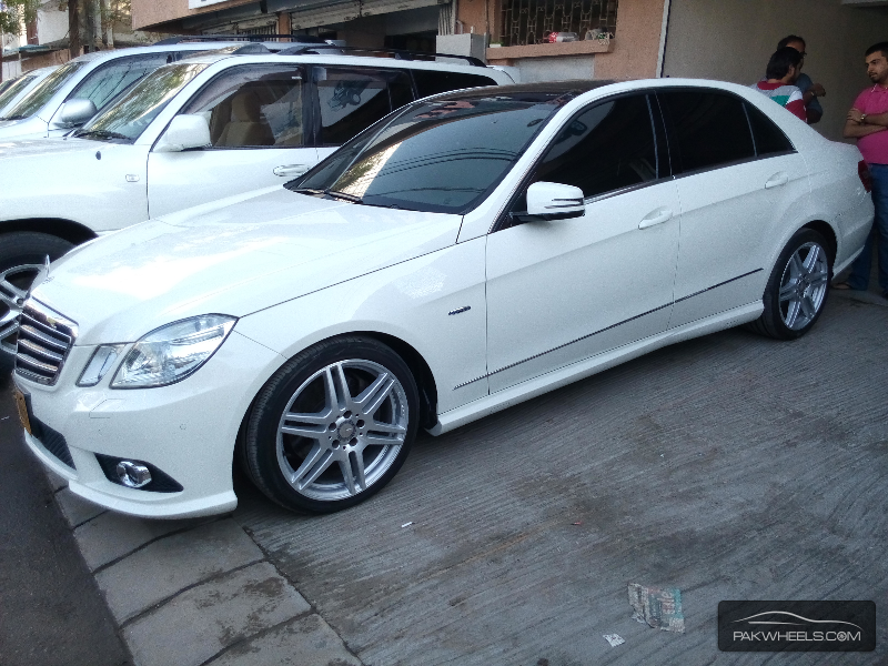 mercedes benz e class e 250 cdi 2010 for sale in karachi pakwheels. Black Bedroom Furniture Sets. Home Design Ideas