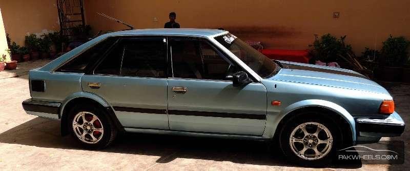 Nissan Blue Bird 1.8FE 1986 Image-1