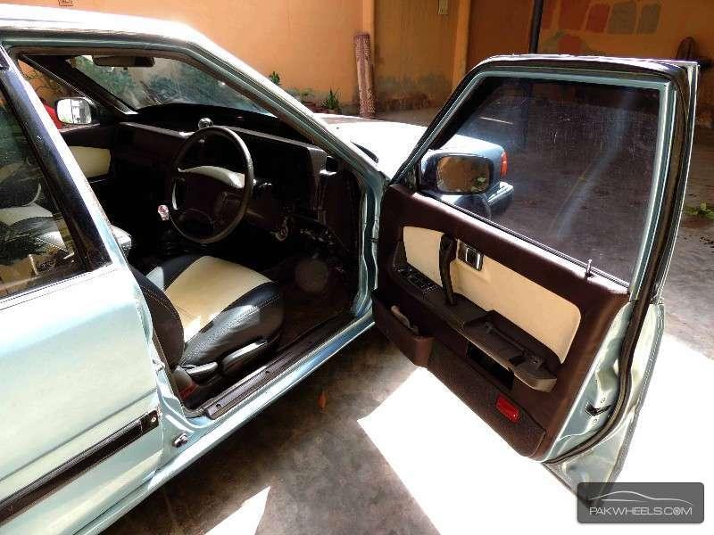 Nissan Blue Bird 1.8FE 1986 Image-8