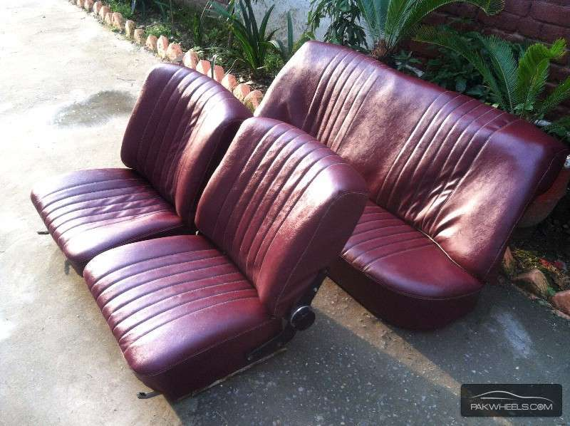 Mercedes benz fintail old s class series seats for sale for Mercedes benz seats for sale