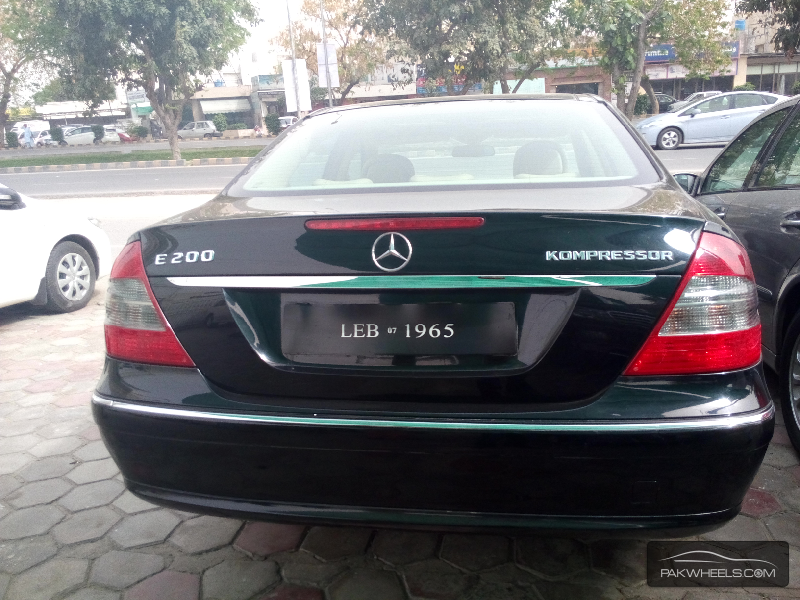 Used mercedes benz e class e 200 2006 car for sale in for Used mercedes benz e class for sale