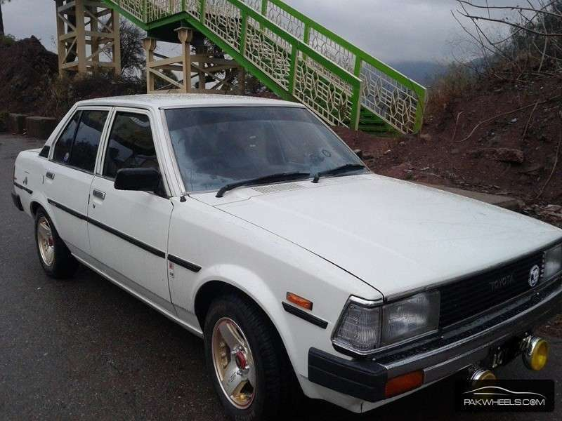 Toyota Corolla 1982 Image-3