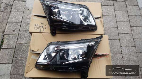 daihatsu move custom 2013 headlight For Sale Image-1