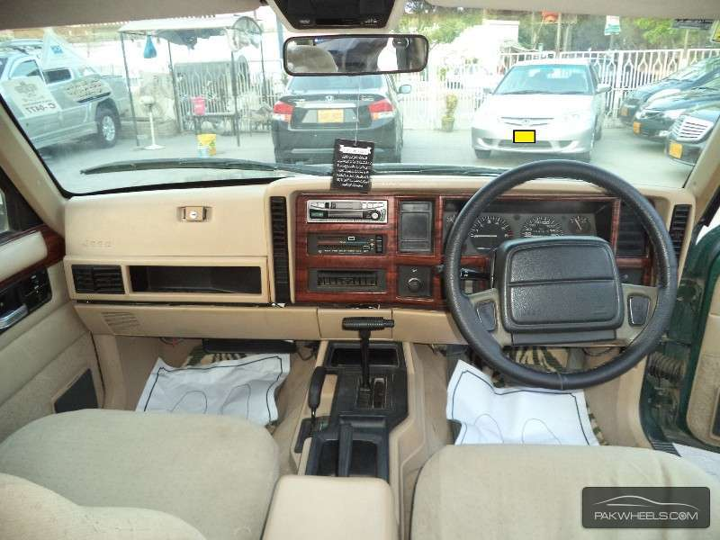 Jeep Cherokee 1996 Image-7