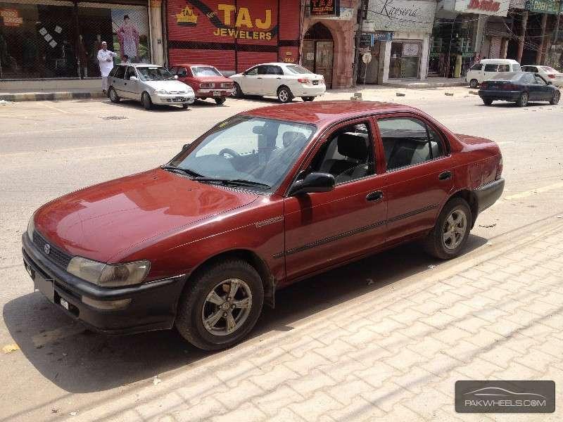 toyota corolla 1998 for sale in peshawar pakwheels. Black Bedroom Furniture Sets. Home Design Ideas