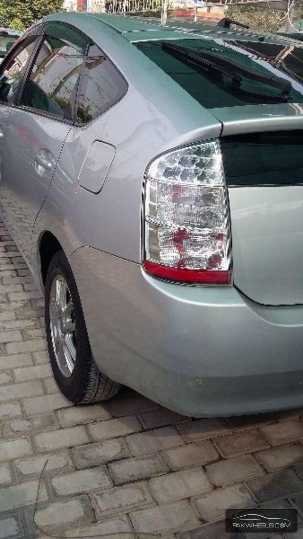 Toyota Prius S 1.5 2008 Image-6