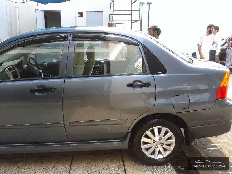 used suzuki liana 1 3 rxi cng 2006 car for sale in lahore 1149887 pakwheels. Black Bedroom Furniture Sets. Home Design Ideas