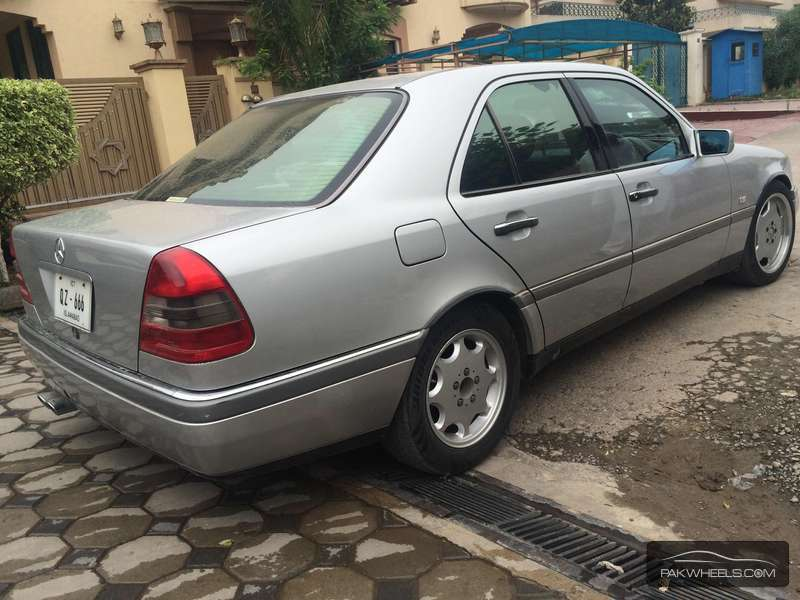 Mercedes benz c class c200 1996 for sale in islamabad for 1996 mercedes benz c class