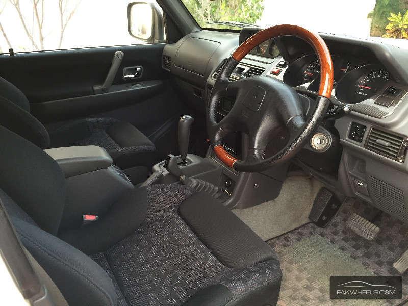 Mitsubishi Pajero 1998 Image-1