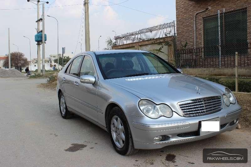 Mercedes Benz C Class C200 2004 Image-1