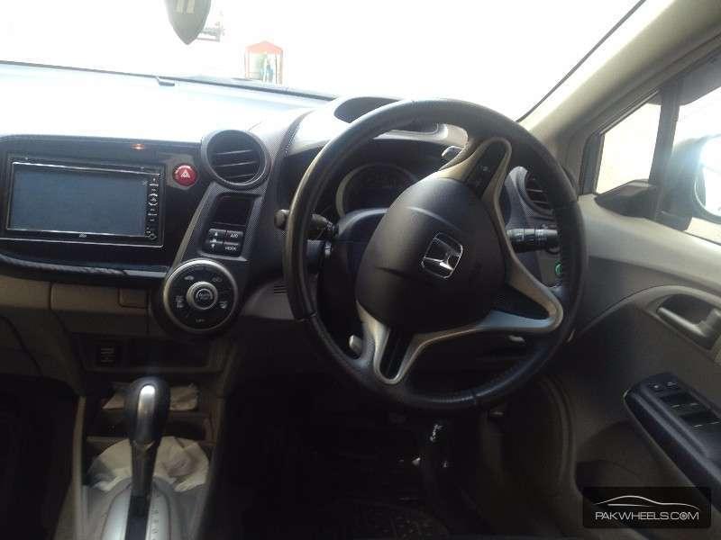 Honda Insight LS 2009 Image-9