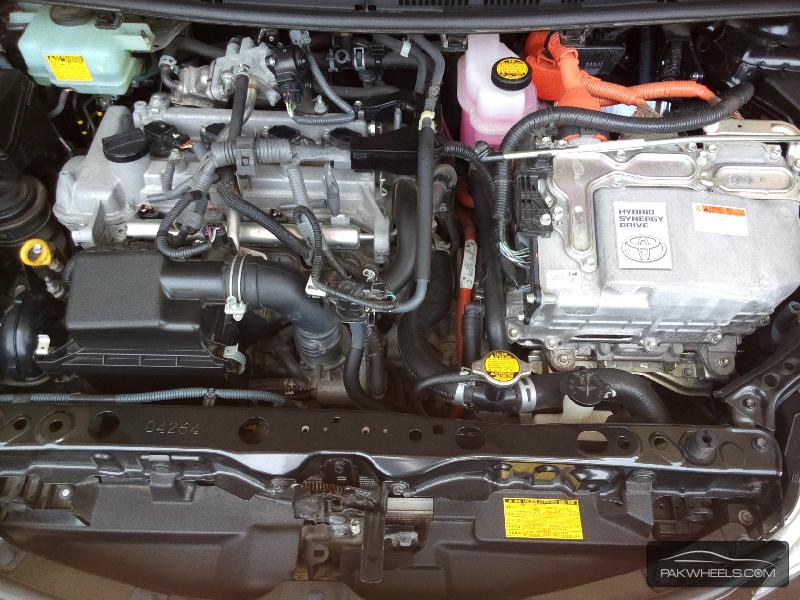 Toyota Aqua S 2012 Image-8