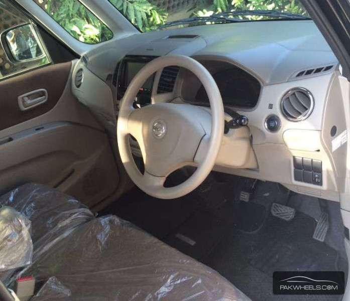 Nissan Roox 2012 Image-3