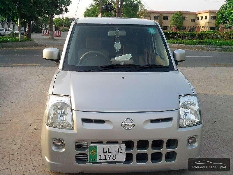 Nissan Pino S 2009 Image-1