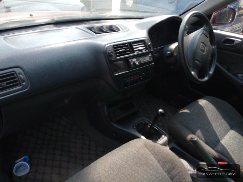 Honda Civic 1997 Image-4