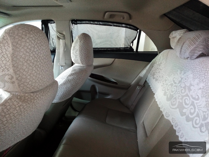 Toyota Corolla Altis 1.6 2013 Image-5